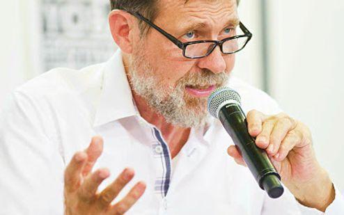 Dr. Jacques Vigne